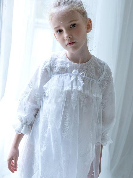 HULILULU呼尼噜噜童装品牌2020秋冬可爱白色连衣裙