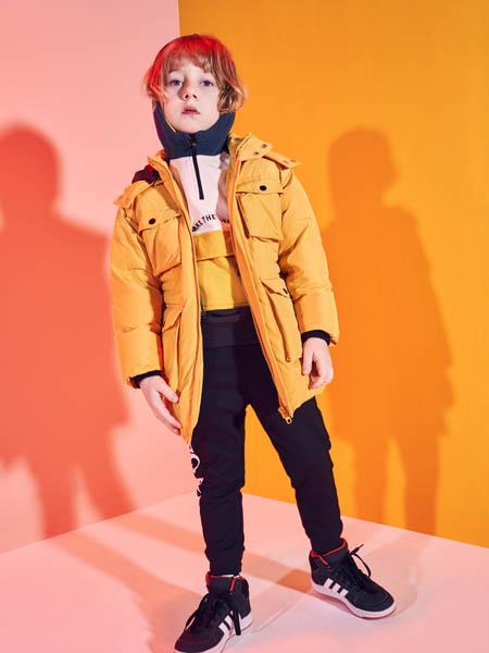 巴布豆童装品牌2020秋冬黄色带帽外套