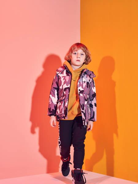 巴布豆童装品牌2020秋冬潮流迷彩外套