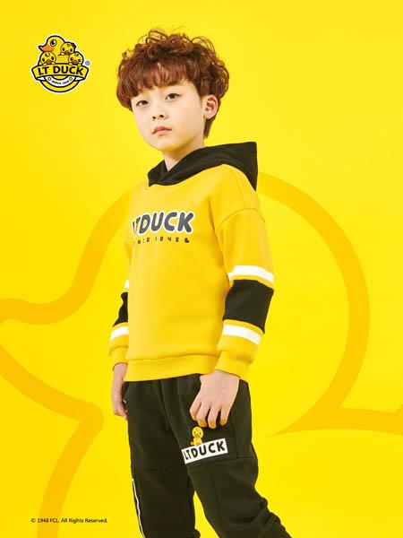 小黄鸭青少年童装品牌2020秋冬黄色字母带帽卫衣