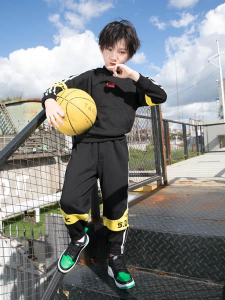 SugarDuck童装品牌2020秋冬黑色时尚套装