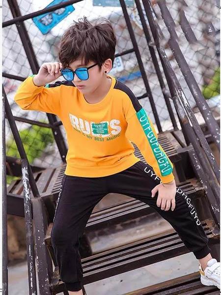 邻童优品童装品牌2020秋冬黄色字母时尚T恤