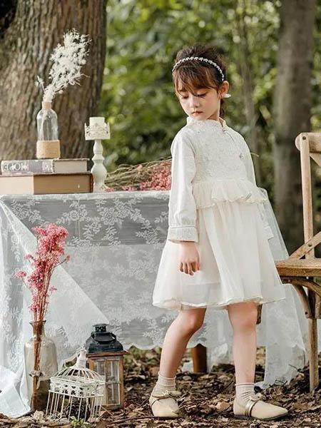 邻童优品童装品牌2020秋冬白色潮流连衣裙