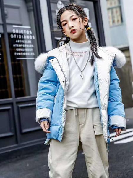 宾果童话童装品牌2020秋冬舒适加绒蓝色羽绒服
