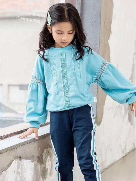 宾果童话童装品牌2020秋冬圆领蓝色针织衫