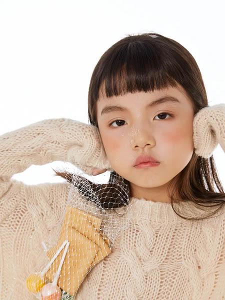 E.I亲子时装情侣亲子2020秋冬镂空米色圆领针织衫