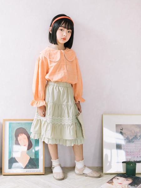 小嗨皮童装品牌2020秋冬花边橘色长袖套头衫