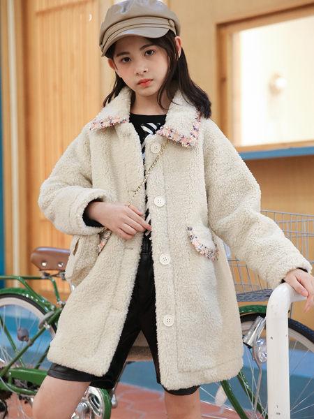 123童装童装品牌2020秋冬个性米色外套