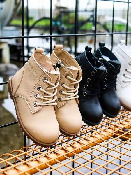 吉象路童鞋品牌2020秋冬高�屯�鞋