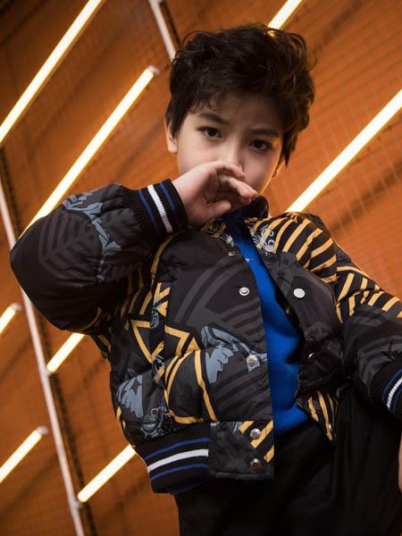 巴迪小虎BaDi Tiger童装品牌2020秋冬条纹灰色羽绒服