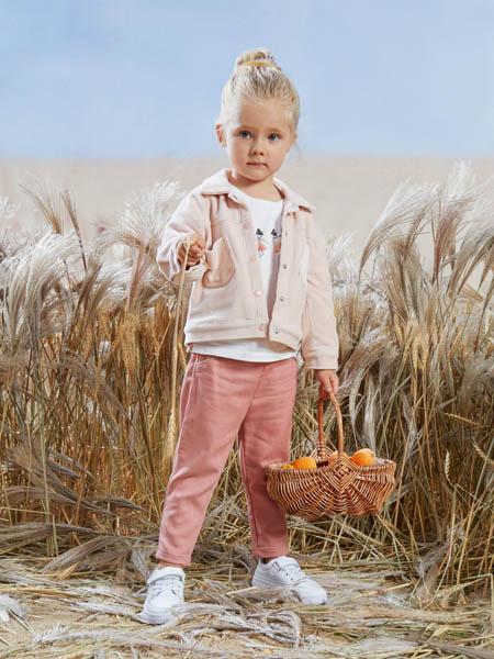 阳光鼠童装品牌2020秋冬粉色小外套