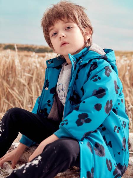蒙蒙摩米 Mes amis童装品牌2020冬季蓝色印花外套