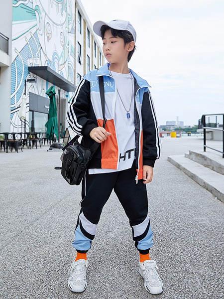 HohTot童装品牌2020秋冬条纹外套