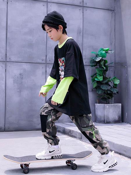 HohTot童装品牌2020秋冬黑色套衫