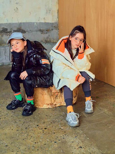 boabo.宝儿宝童装品牌2020冬季羽绒服套装