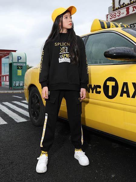 糖果布丁  青少年潮牌童装品牌2020秋冬黑色时尚卫衣