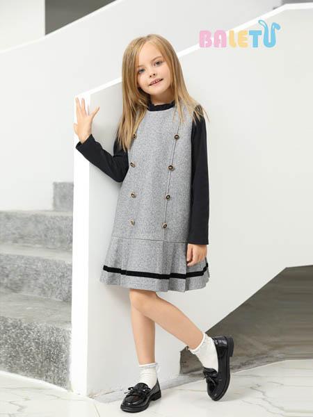 芭乐兔童装品牌2020秋冬灰色背带裙