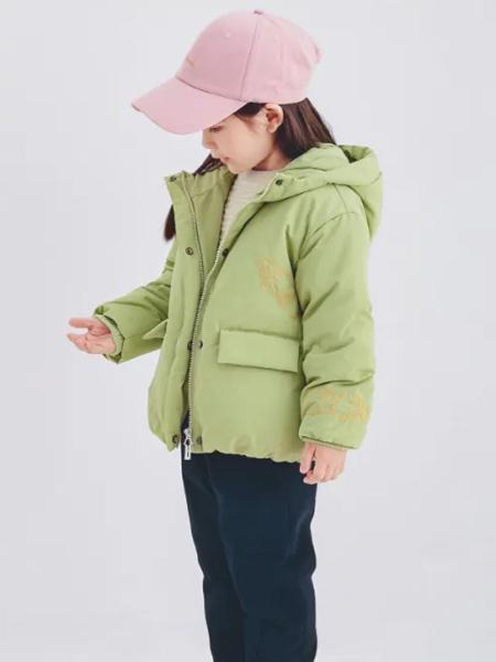 森虎�和��b品牌2020秋冬女童�B帽羽�q外套