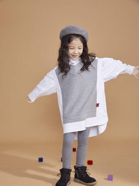 宝贝传奇童装品牌2020冬季女童宽松灰白撞色套头衫