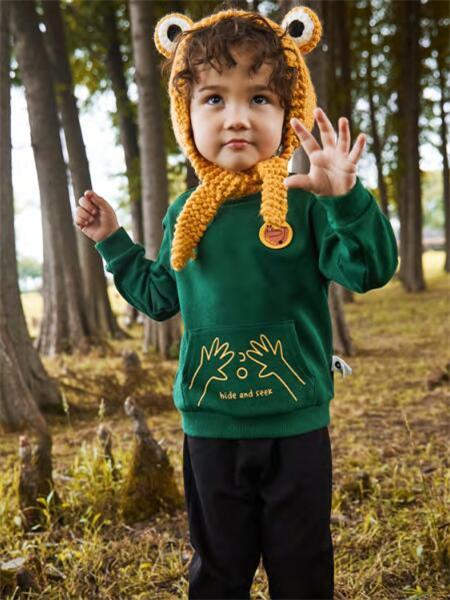 MQD童装品牌2020秋冬保暖绿色长袖上衣