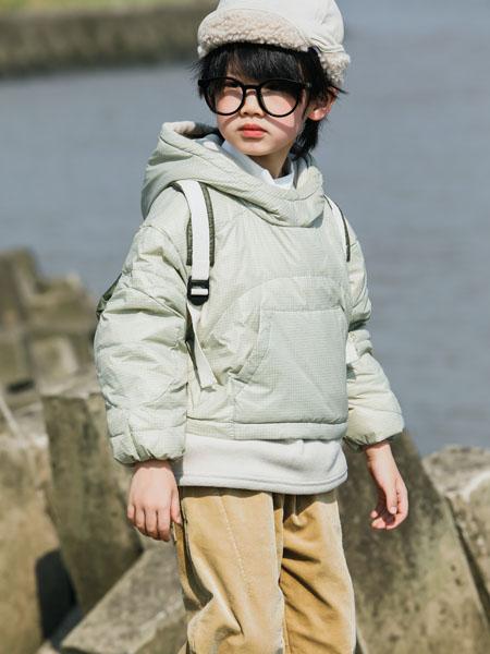 吾名堂童装品牌2020冬季青色带帽卫衣