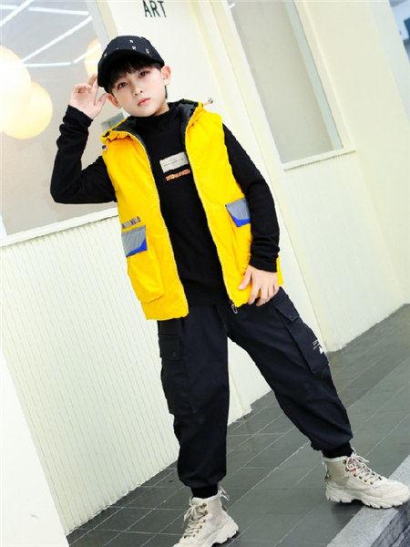 童年领域童装品牌2020秋冬无袖带帽黄色马甲