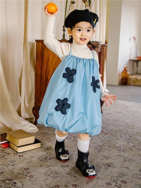 野柿童装品牌2020冬季浅色小清新吊带羽绒裙