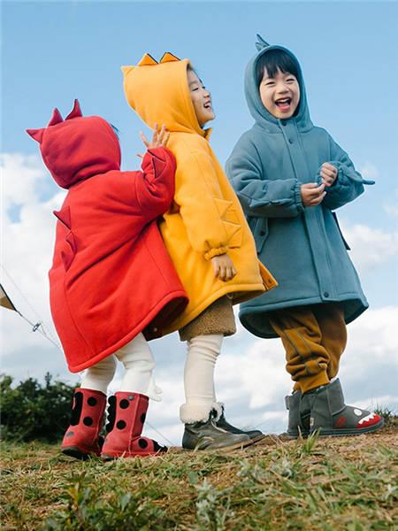 野柿童装品牌2020冬季纯色棉质保暖外套