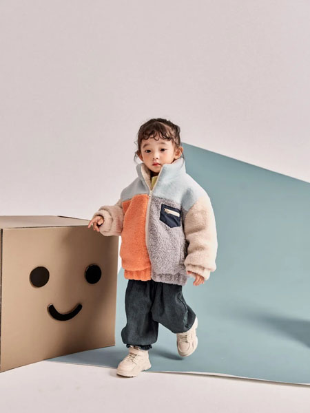 羽成扉童装品牌2020冬季高领撞色宽松毛绒外套