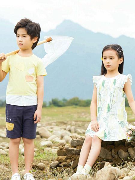 贝思购童装品牌2021春夏黄色休闲运动风圆领上衣