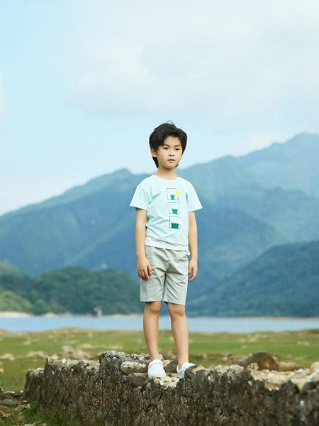 贝思购童装品牌2021春夏浅绿色韩版圆领套头T恤