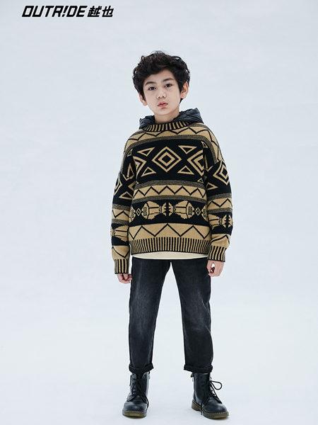 Outride越也童装品牌2020冬季卡其色圆领新颖图案毛衣