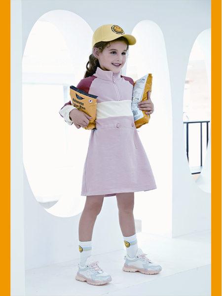 童鞋品牌有哪些?加盟SmileyWorld怎麽�樱�