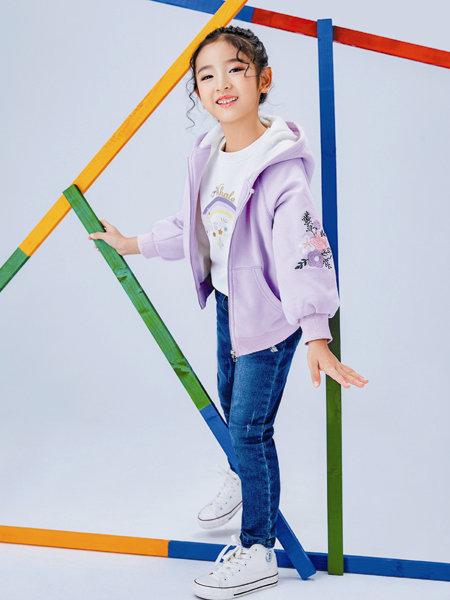 海威�童�b品牌2020冬季�\紫色�C花素雅唯美�l衣外套