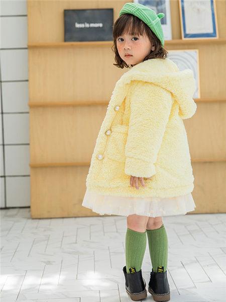 123童装童装品牌2020冬季黄色贝儿公主淑女风毛绒外套