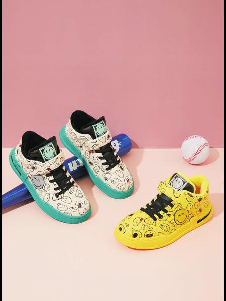 SmileyWorld童鞋品牌2020冬季