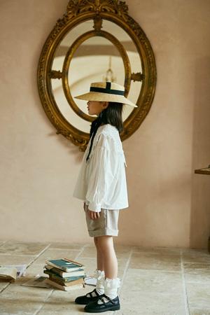 洛小米童装品牌2021春夏白色薄款衬衫