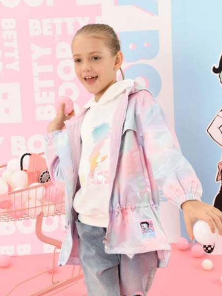 B.Duck�和�童�b品牌2021春夏公主潮童休�e外套