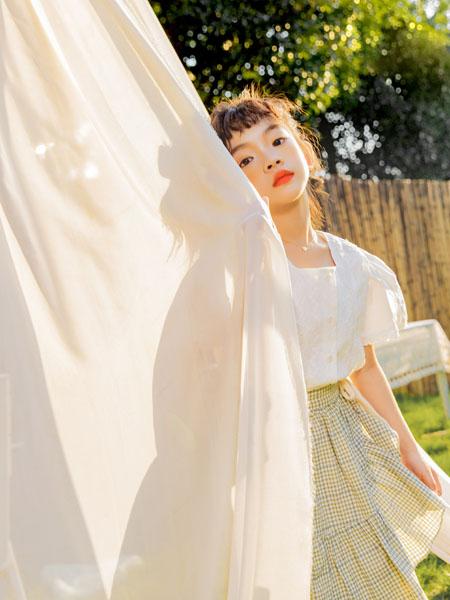 蒂萨纳D`sana童装品牌2021春夏蕾丝方领上衣格纹半身裙