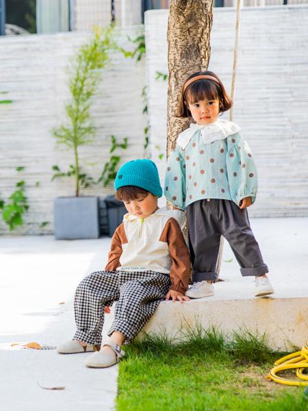 简而不凡的田果果童装品牌加盟优势多,开店支持力度大!