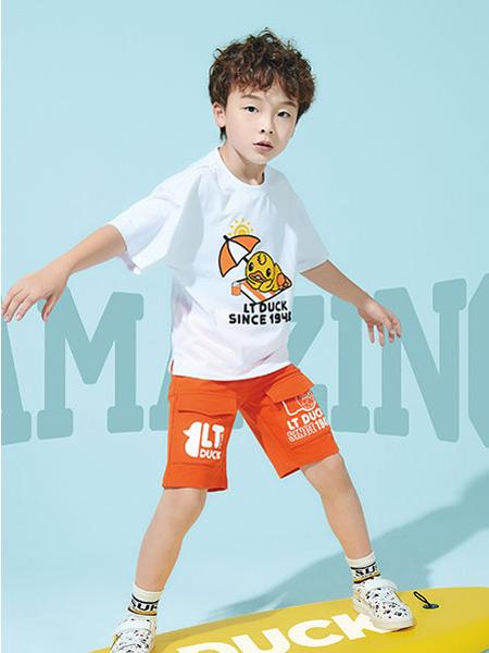 开童鞋品牌店什么牌子好?小黄鸭童鞋品牌怎么样?