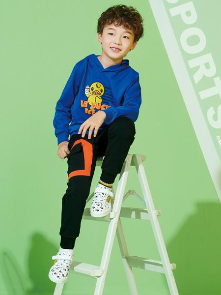 小黄鸭青少年鞋服一体加盟政策是什么?怎么开店?