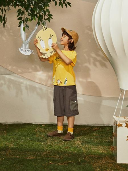 Moomoo童装品牌2021春夏棕色宽松裤