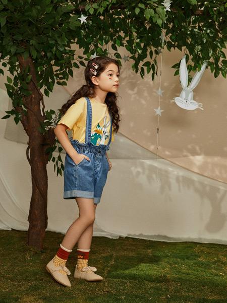 Moomoo童装品牌2021春夏短款牛仔吊带裤