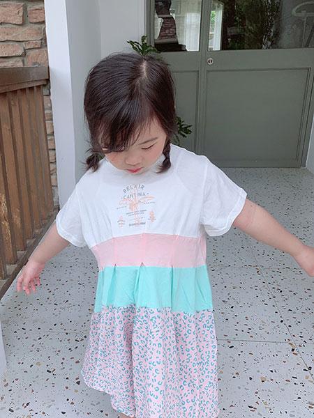 小嗨皮童装品牌2021春夏宽松撞色长裙