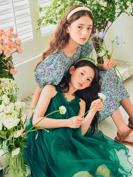 boabo.宝儿宝童装品牌2021春夏绿色吊带裙