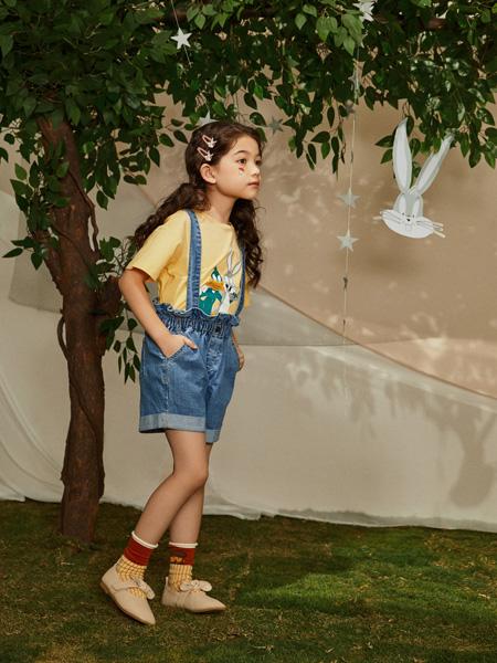 MooMoo童装品牌2021春夏牛仔吊带裤