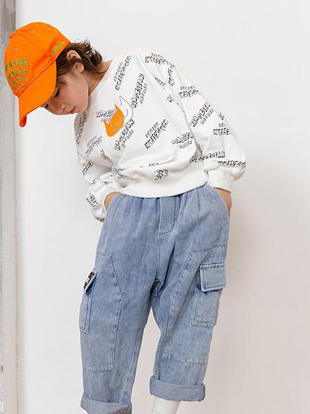 小资范童装品牌2021春夏印字母时尚上衣
