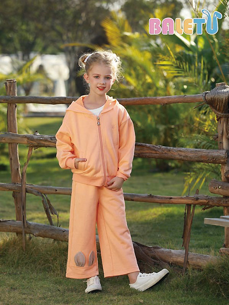 芭乐兔童装品牌2021春夏橙色运动套裙