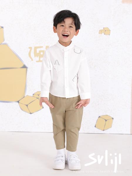 莳季童装品牌2021春夏白色翻领衬衫